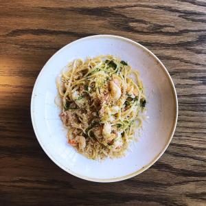 Italian restaurant Gemelli offers the classic Aglio e Olio with prawns